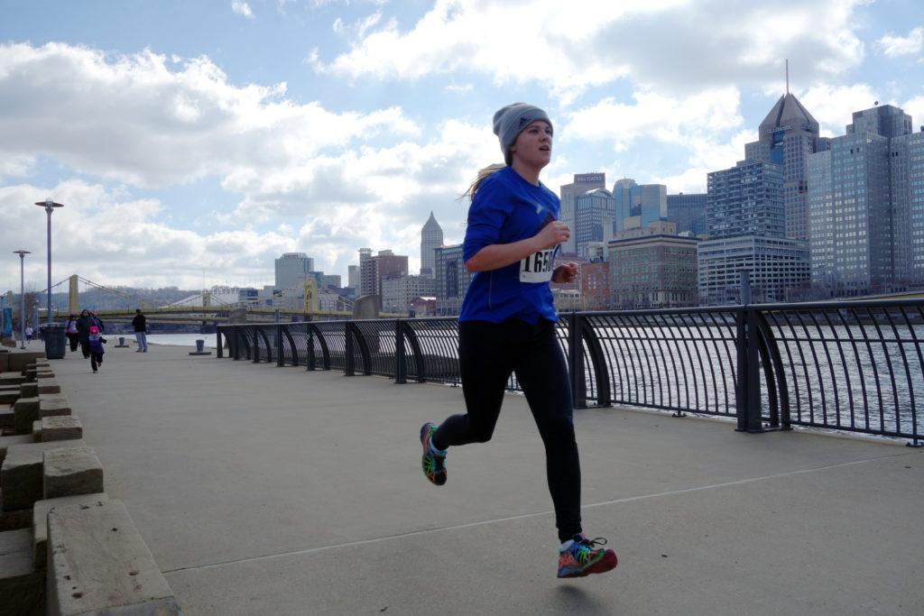 2015-team-phenomenal-hope-5k-young-runner