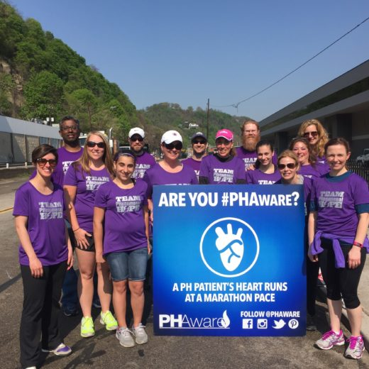 TeamPH-Pittsburgh-marathon-2015-Volunteers